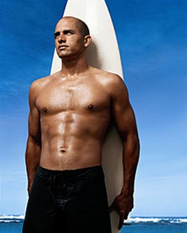 Kelly Surfer Nude Photos 9