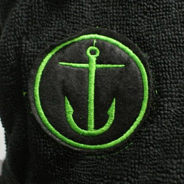 Black Captain Fin Changing Robe Adult Green Logo